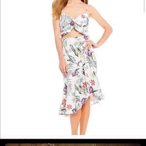 WAYF Dress Floral Cutout Size M